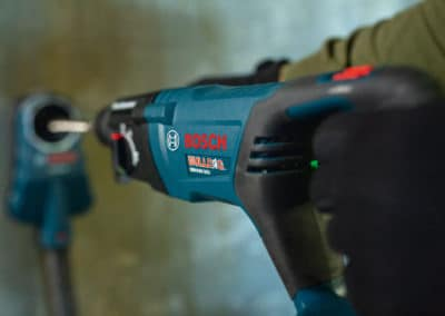 rotary-hammer-cordless-bosch-bulldog-gbh18v-26dk24-App-Concrete-008